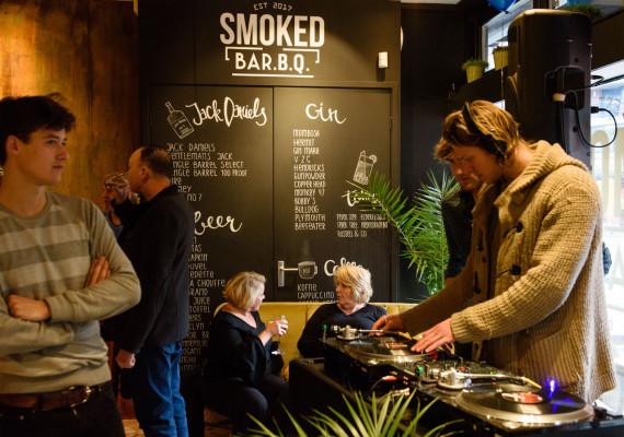 Smoked-Bar2.B.Q-Horeca-Cro.jpg