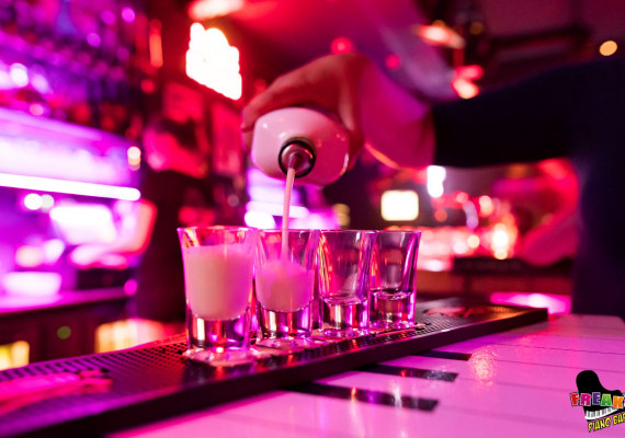 Piano-Bar-HCN5.jpg